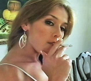 Latina smoking fetish pics